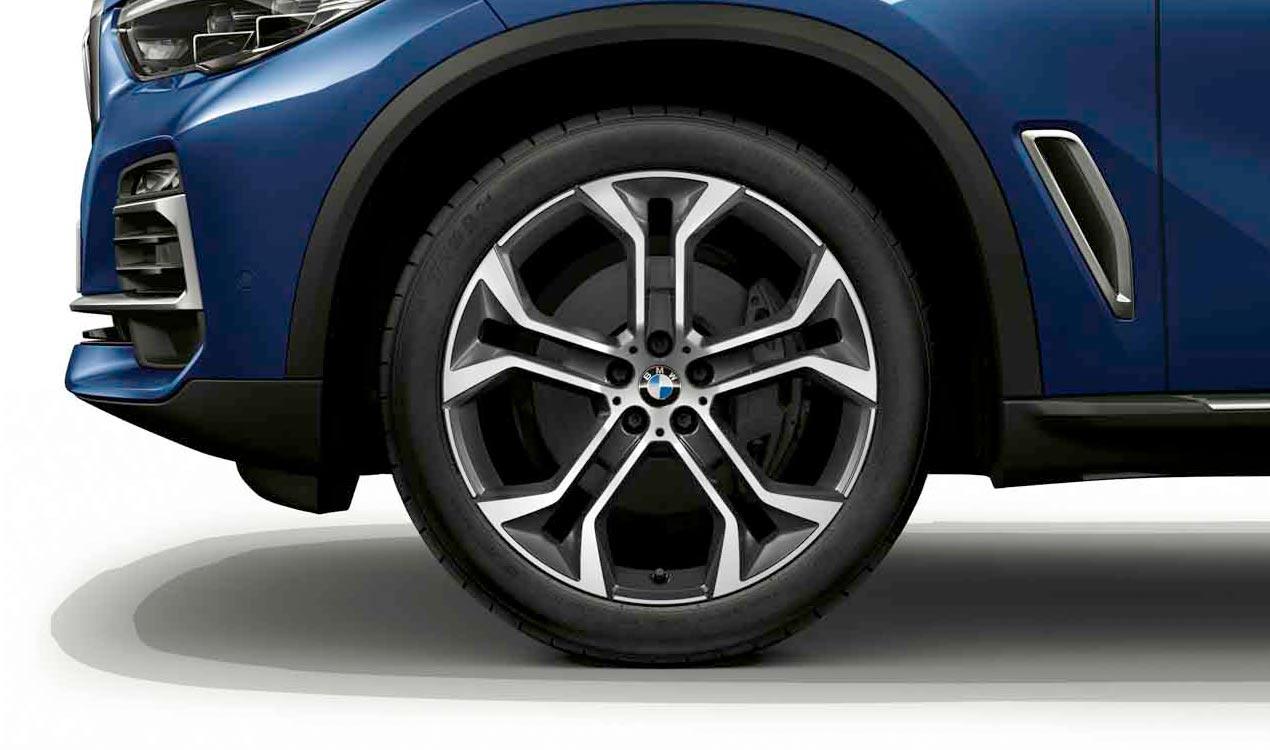 Легкосплавный колесный диск (Y-образные спицы) 744 для BMW X5 G05 (код 36116883762)