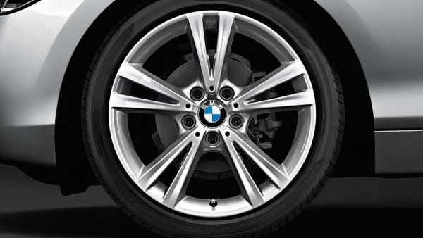 Легкосплавное дисковое колесо (сдвоенные спицы) 385 для BMW 1 Series F20/F21 (код 36116796213)