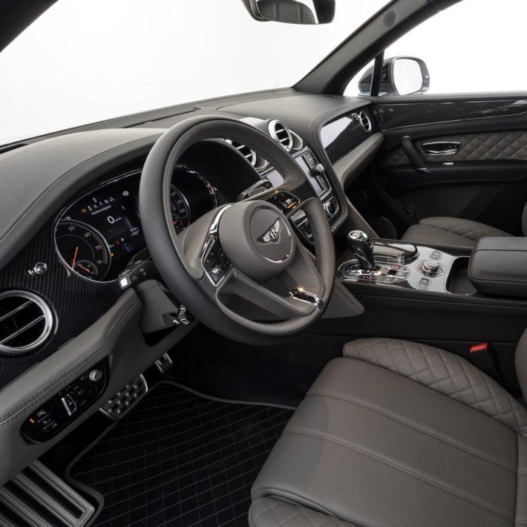 Карбоновые элементы салона Startech для Bentley Bentayga 2016-