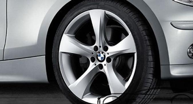 Легкосплавное дисковое колесо (звездообразные спицы) 311 для BMW 1 Series E81/E87