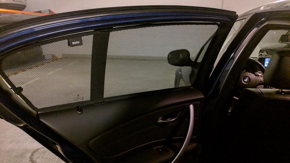 Солнцезащитная штора заднего бокового стекла Schwarz для BMW 1 Series E81/E87