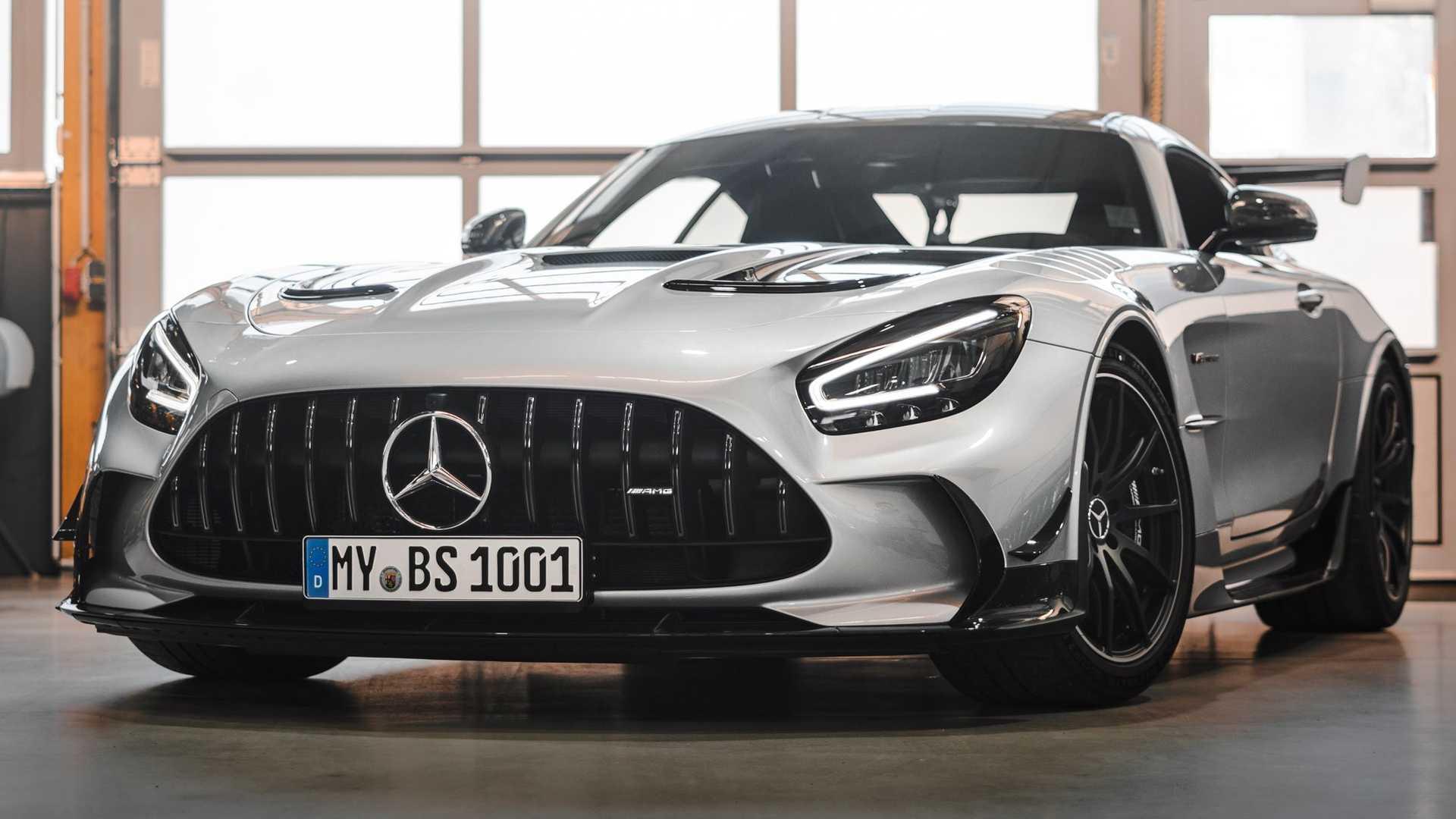 Автомобиль Mercedes-AMG GT Black Series стал еще мощнее – целых 1111 «лошадок» и задний привод!