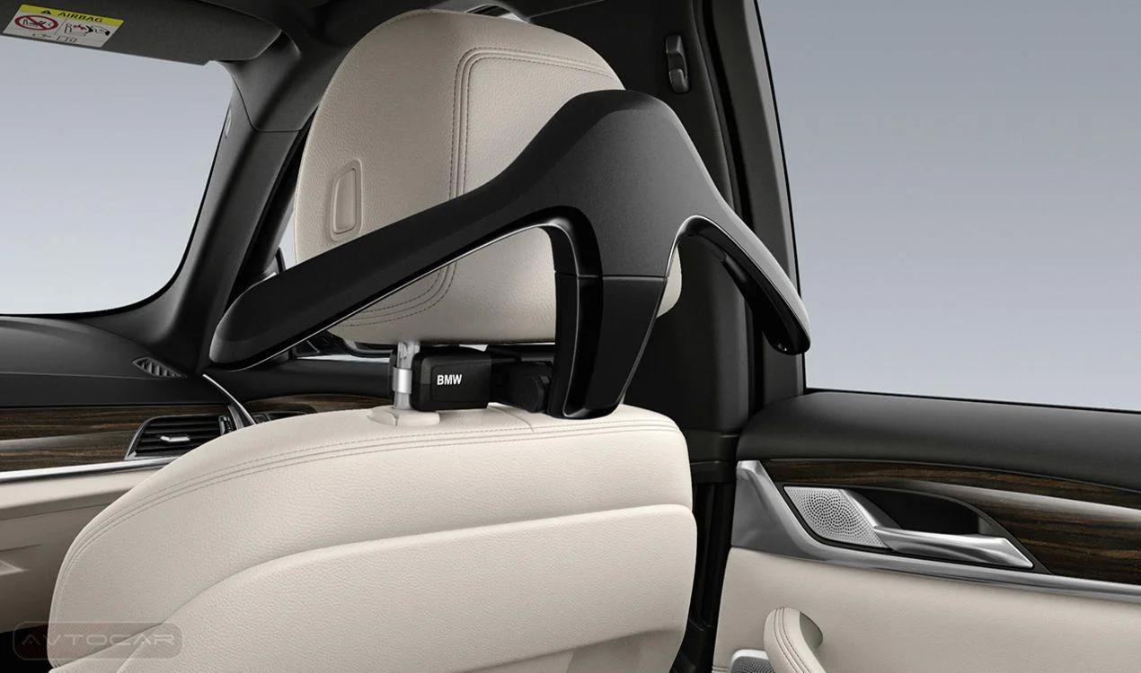 Плечики для одежды (черные) Travel & Comfort для BMW 1 Series F40