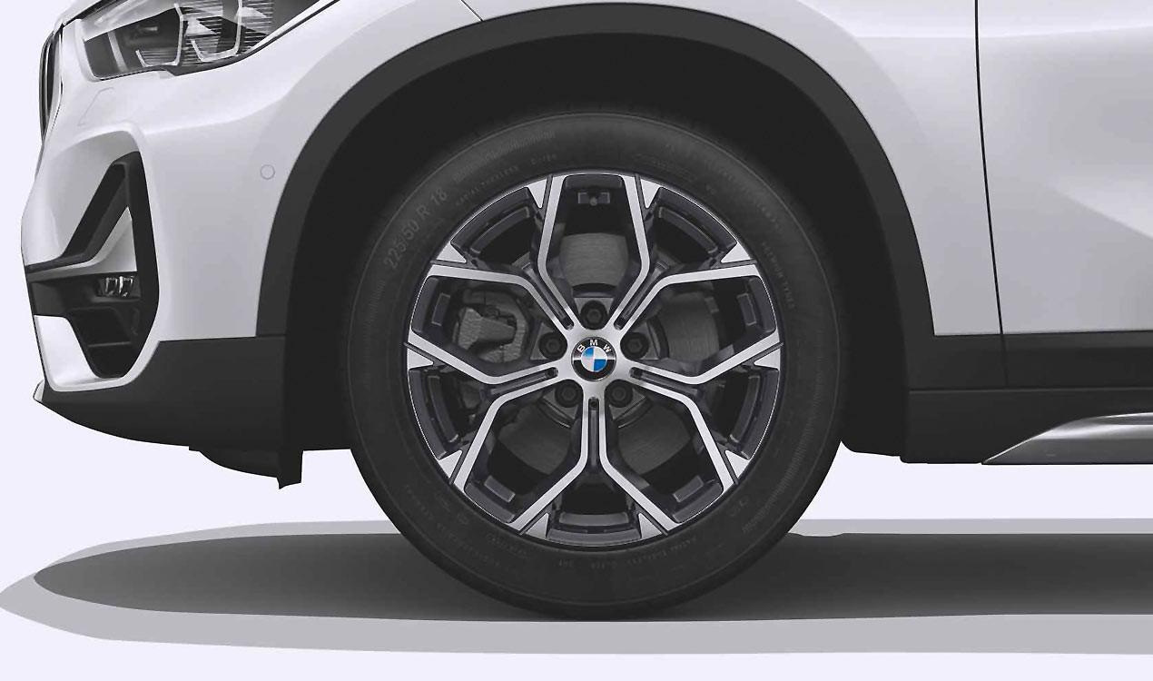 Легкосплавный колесный диск (Y-образные спицы) 579 для BMW X1 F49 LCI