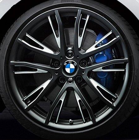 Легкосплавный колесный диск (сдвоенные спицы) 624 для BMW 1 Series F20/F21