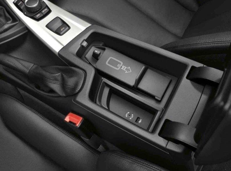 Беспроводная зарядка (место для хранения вещей) для BMW 1 Series F20/F21