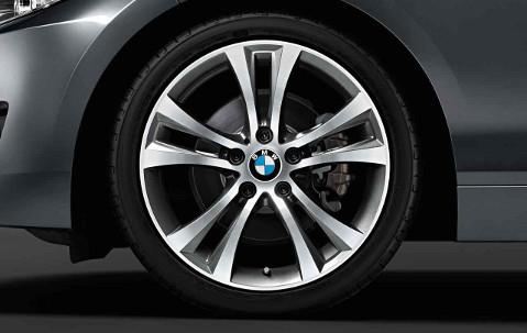 Легкосплавный колесный диск (сдвоенные спицы) 384 для BMW 1 Series F20/F21