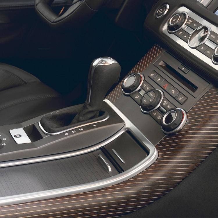 Декоративные элементы салона (карбон/дерево) Startech для Range Rover Sport 2010-2013
