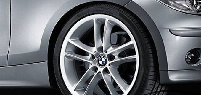 Легкосплавное дисковое колесо (сдвоенные спицы) 182 для BMW 1 Series E81/E87