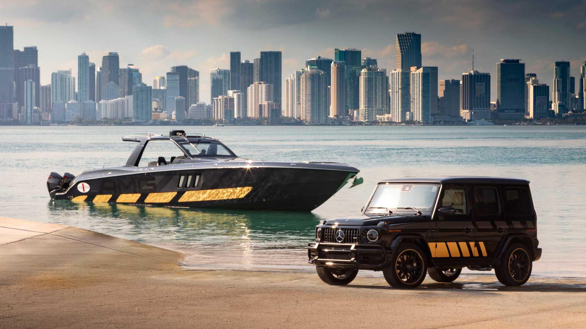 Знаменитый бренд Mercedes-AMG представил новый 2700-сильный скоростной катер на яхтенной выставке Boat Show в Майами