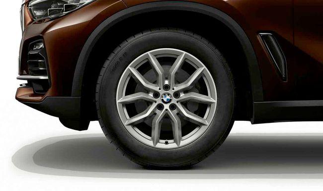 Легкосплавное дисковое колесо (V-образные спицы) 734 для BMW X6 G06