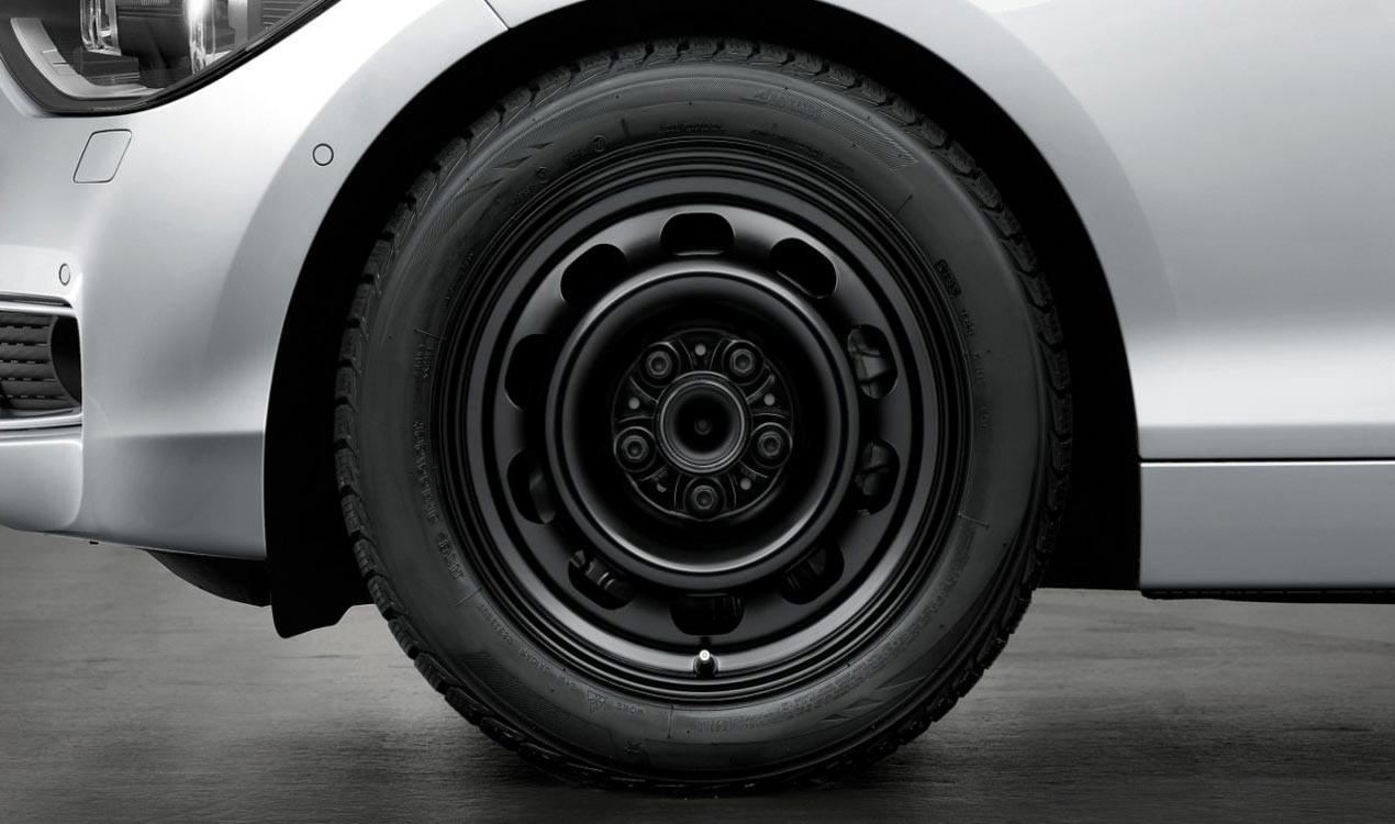 Стальной колесный диск Schwarz 12 для BMW 1 Series F20/F21