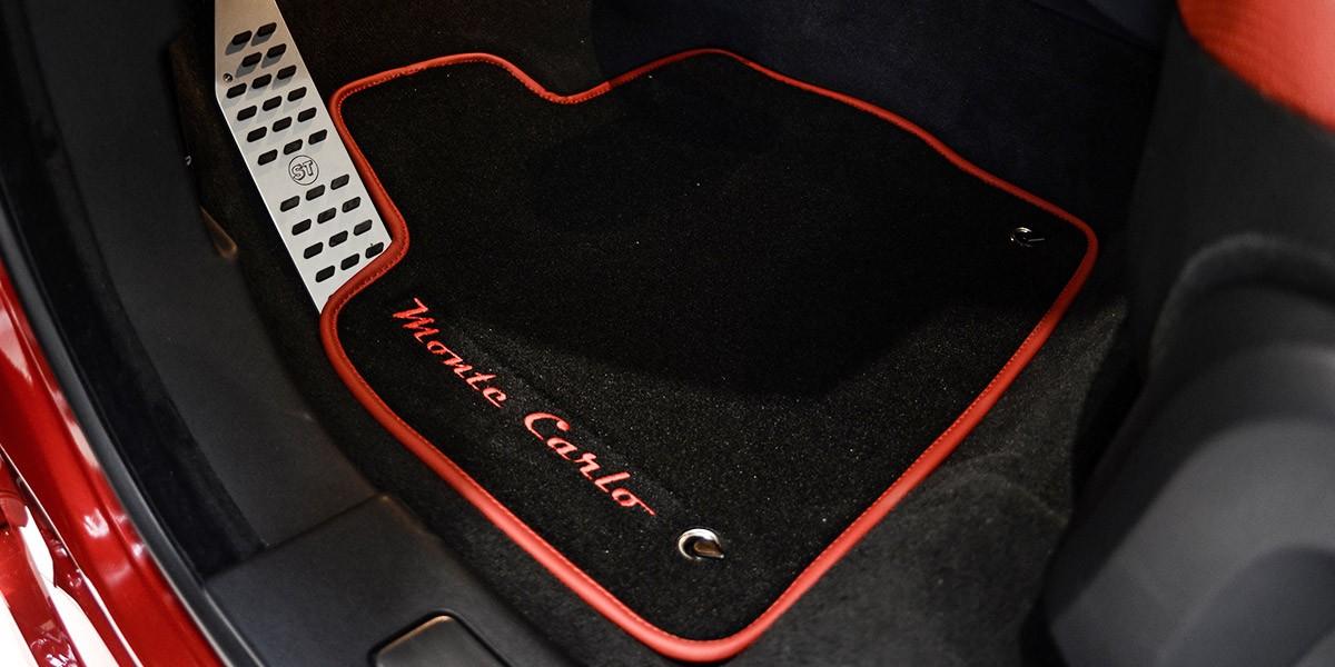 Ковры салона с логотипом Startech для Range Rover Evoque