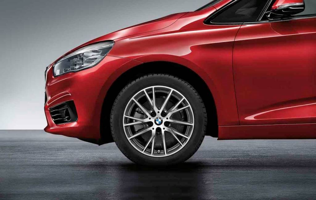 Легкосплавный колесный диск (Y-образные спицы) 489 для BMW 1 Series F40