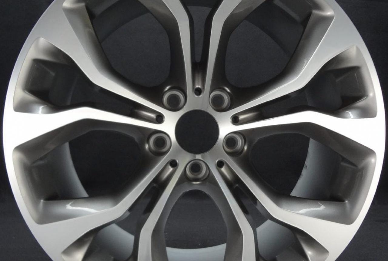 Легкосплавный колесный диск (Y-образные спицы) 451 для BMW X6 F16 (код 36116853960)