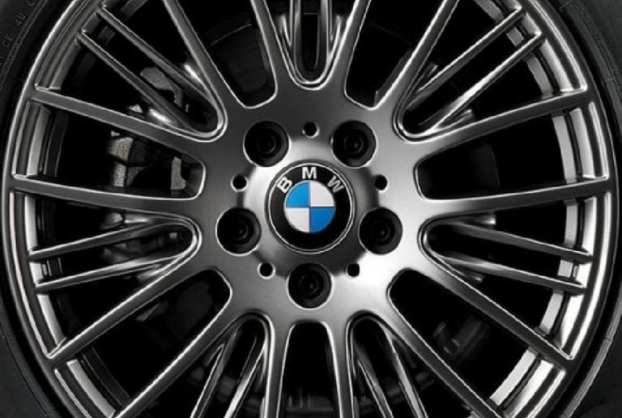 Легкосплавный колесный диск (сдвоенные спицы) 405 для BMW 1 Series F20/F21 (код 36116796221)