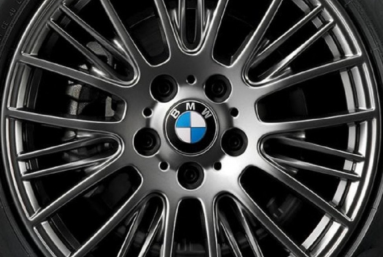 Легкосплавный колесный диск (сдвоенные спицы) 405 для BMW 2 Series F22 (код 36116796221)