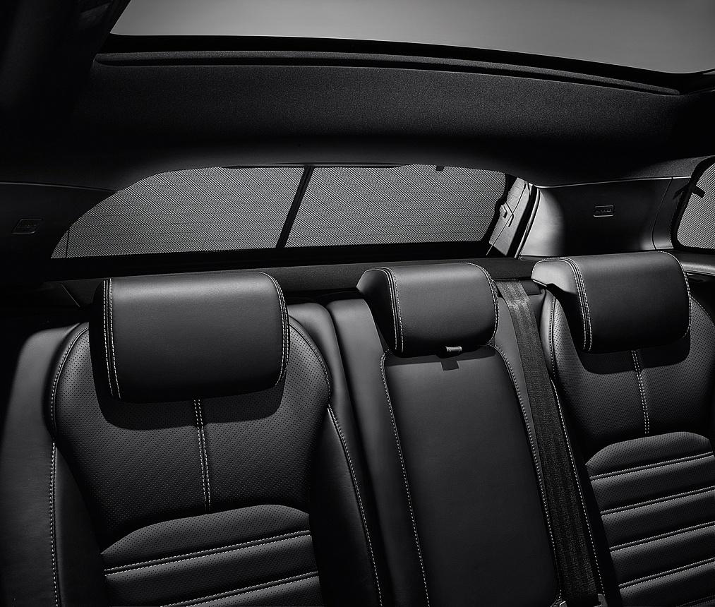 Солнцезащитная шторка заднего стекла для Range Rover Evoque