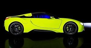 Особая версия BMW i8 отличается ярким лаймовым оттенком, а расход топлива составляет около 2-х литров на 100 километров