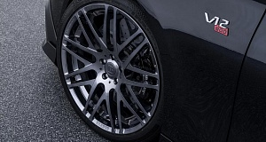 Mercedes-AMG S65 с комплектацией Brabus Rocket 900