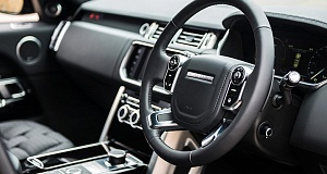 Kahn Design с работой Range Rover Huntsman Colors Edition