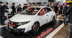 Тюнинг Mugen и Modulo для Civic Type R показали в Токио