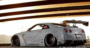 Обвесы для Nissan GT-R от Liberty Walk