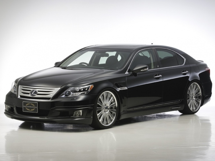 Wald Executive для Lexus LS600H