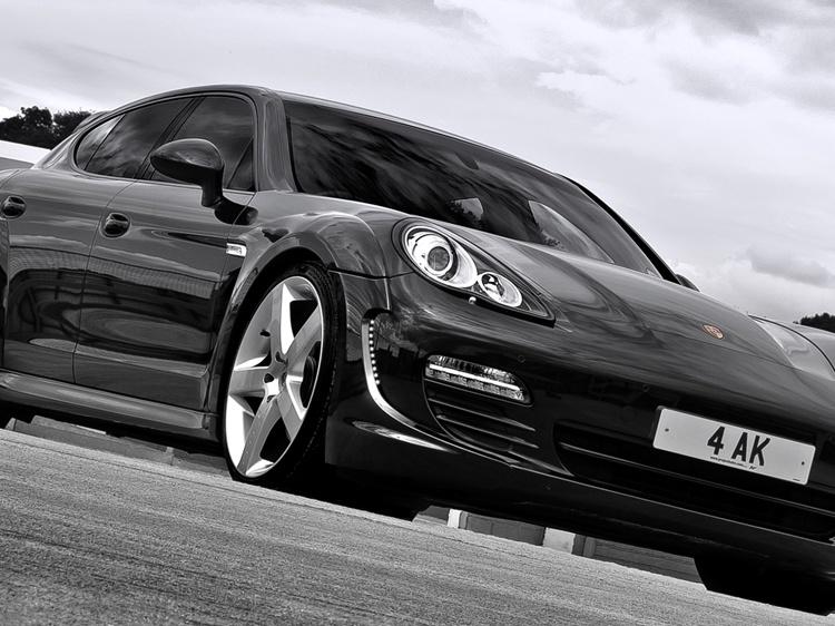 KAHN для Porsche Panamera