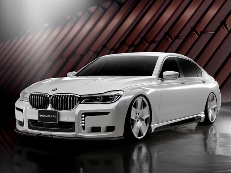 BMW 7-Series G11 Black Bison