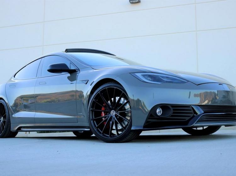 Тюнинг Tesla Model S от тюнеров из Zero to 60 Designs
