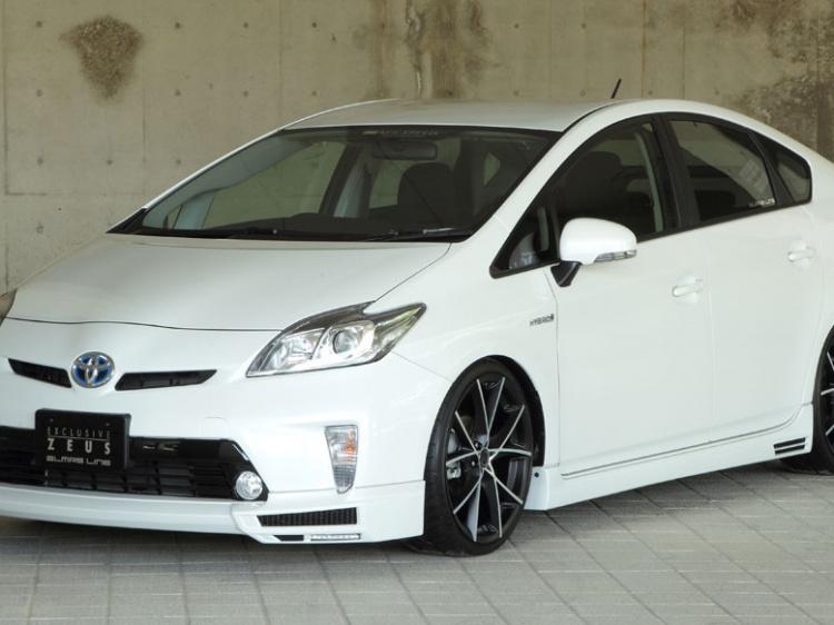 M'z SPEED ZEUS для Toyota Prius