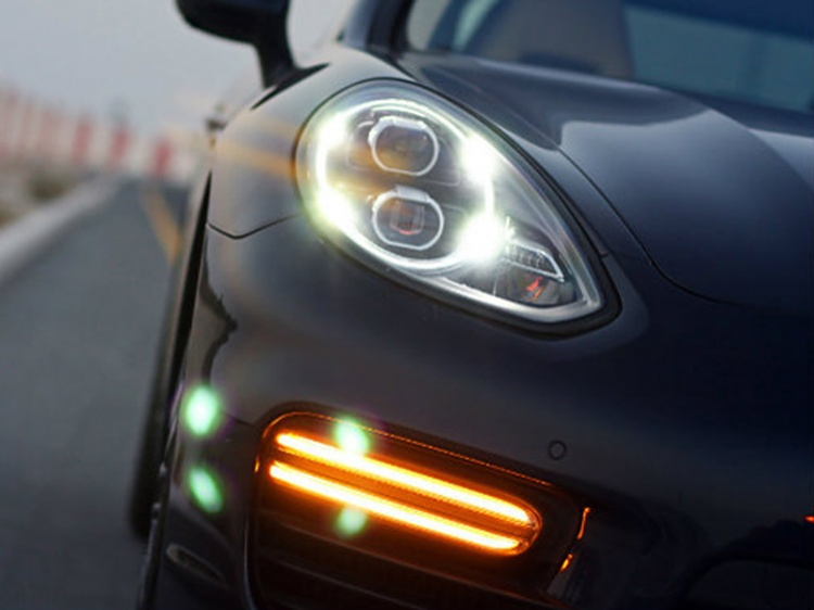 Рестайлинг Porsche Panamera 2014