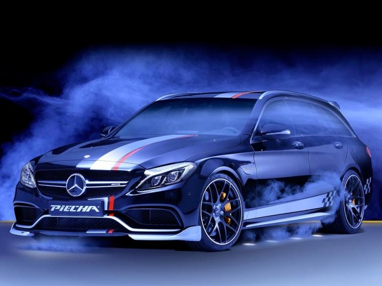 В Piecha Design произвели тюнинг Mercedes-AMG C63