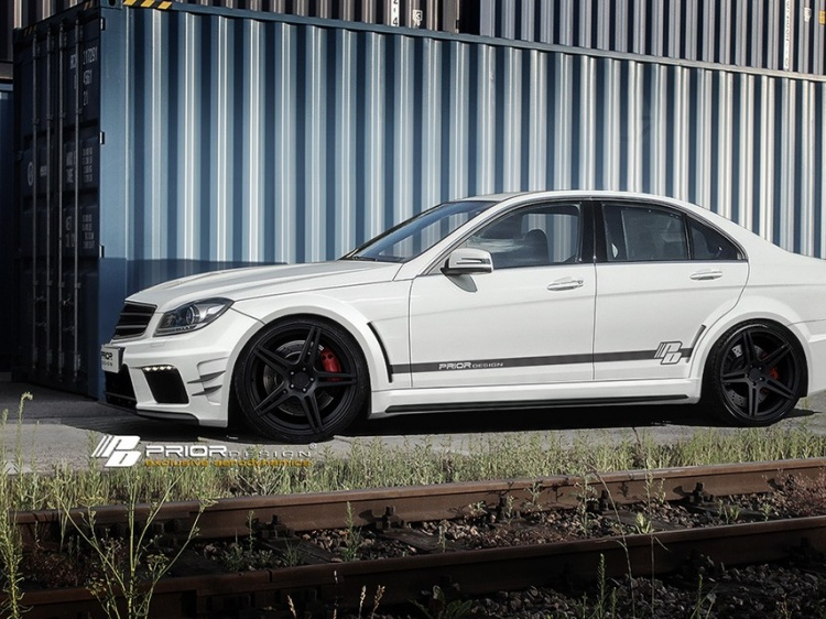 Prior Design для Mercedes C-Class (W204) PD-Black Edition Widebody
